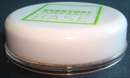 Everyday Minerals Base Review
