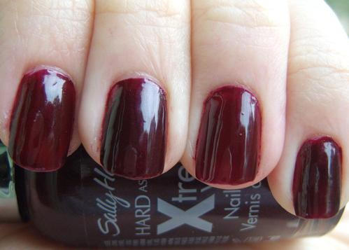 Sally Hansen Hard As Nails Xtreme Wear Flirt Swatches Amp Review Swatch And Learn