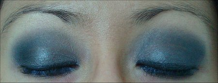 Blue & Gray Eye of the Day