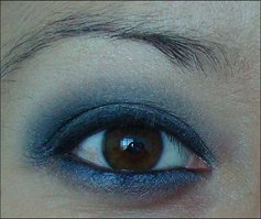 Gray & Blue Eye Look
