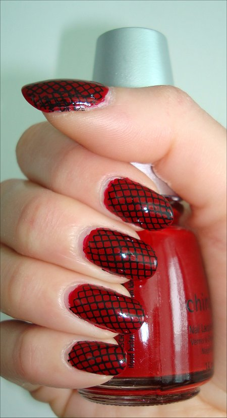 Konad Nail Art Black & Red