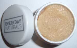 Image of Everyday Minerals Deep Kissing Buff & Shine Lip Polish