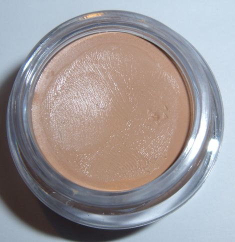 Image of NYX Eyeshadow Base Skin Tone