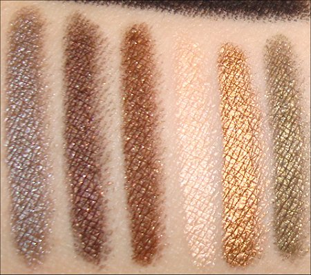 Urban Decay 24 7 Glide on Pencil Swatch
