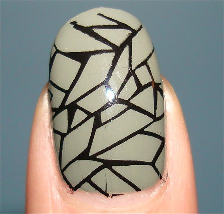 Crackle Nail Art Using Bundle Monster Image Plates