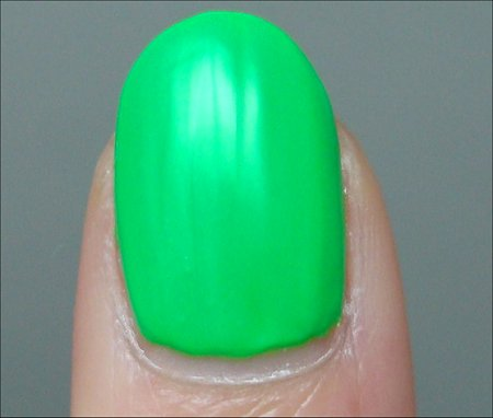 China Glaze Kiwi Coolada Swatches & Review