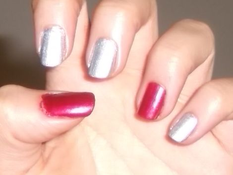 Image of Red & Silver Swoop Nails