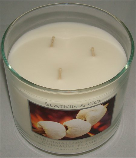 Bath & Body Works Marshmallow Fireside Candle Review & Pictures