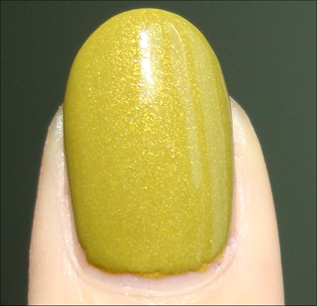 China Glaze Trendsetter Review & Swatch