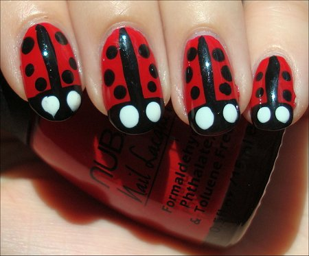 Ladybug Nails Nail-Art Tutorial & Swatches