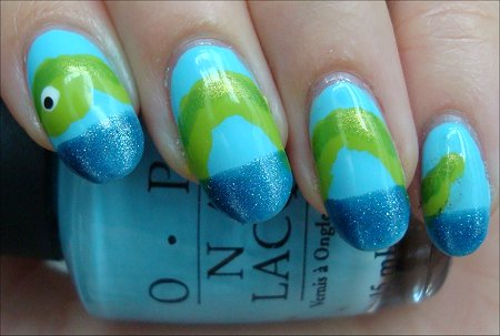 Nail Art Loch Ness Monster Nails