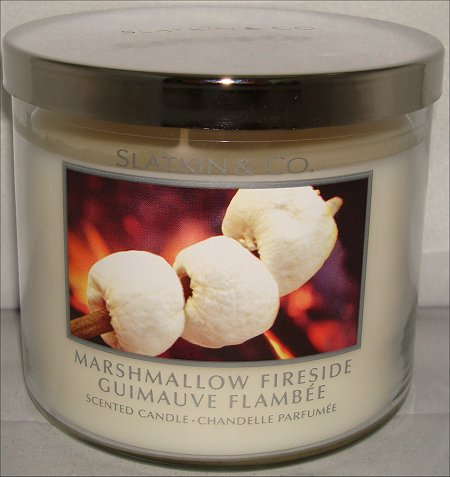 Slatkin & Co. Marshmallow Fireside Candle Review & Pictures