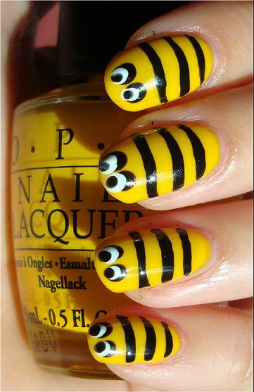 Bee Nails Nail Art Tutorial, Swatches & Pictures