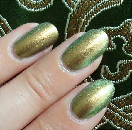 Chanel Peridot Nail Polish Swatch & Review