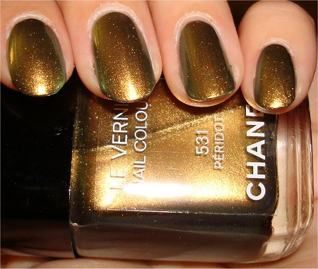 Flash Chanel Peridot Limited Edition Nail Lacquer Photos