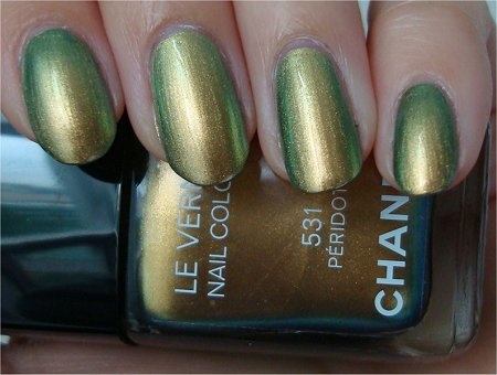 Natural Light 531 Peridot by Chanel Nail Polish Swatch & Review