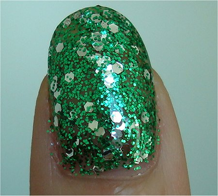 Natural Light OPI Muppets Collection Review OPI Fresh Frog of Bel Air Swatch & Review