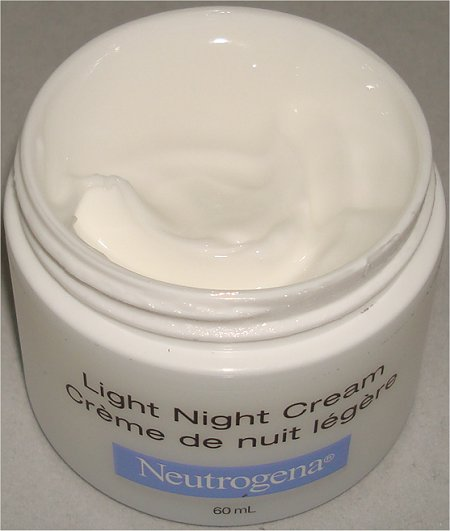 Neutrogena Light Night Moisturizer Review & Pictures