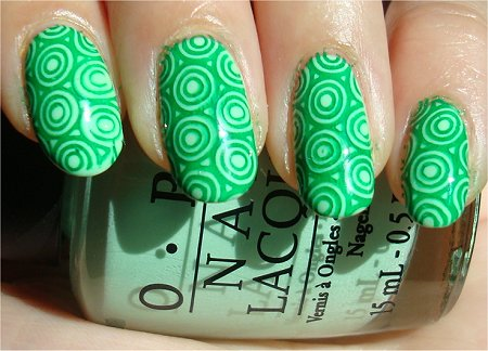 http://www.swatchandlearn.com/wp-content/uploads/2011/09/Teenage-Mutant-Ninja-Turtles-Nails-Step-1.jpg