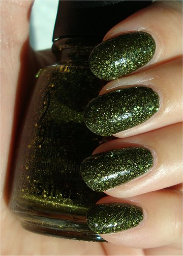 China Glaze It's Alive Swatches & Review