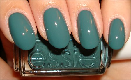 Flash Essie School of Hard Rocks Swatch & Review