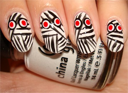 Flash Mummy Nails Nail Art Tutorial & Picture