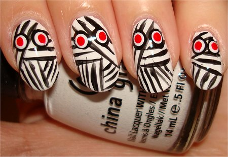 Flash Mummy Nails Nail Art Tutorial & Pictures