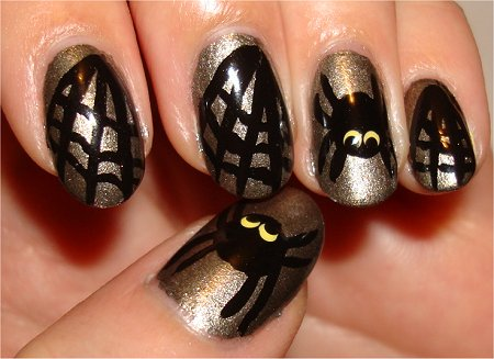 Flash Spider Manicure Nail-Art Tutorial