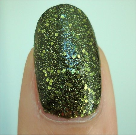 Natural Light China Glaze Its Alive Haunting Collection 2011 Swatch & Review