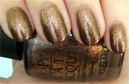 Natural Light OPI Muppets Holiday 2011 Collection Swatches & Review OPI Warm & Fozzie Swatch & Review