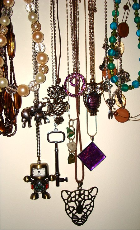 Simple DIY Necklace Holder Tutorial