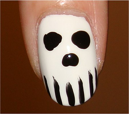 Skull Nail Nail Art & Swatches