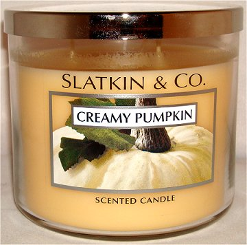 Slatkin & Co. Creamy Pumpkin Candle Review & Pictures