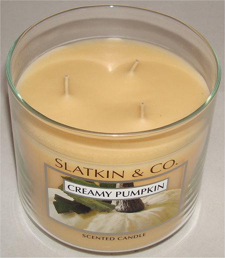 Slatkin & Co. Creamy Pumpkin Scented Candle Review & Pictures