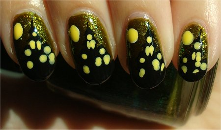 Sunlight Hallowe'en Haunted House Nails Tutorial & Swatches