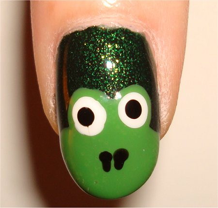 Flash Green Frog Nails Nail-Art Tutorial & Picture