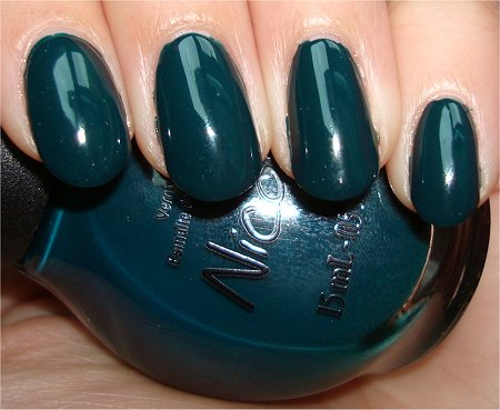 Flash Kardashian Colours Nicole by OPI Swatches & Review Khloe Had a Little Lam Lam Swatch