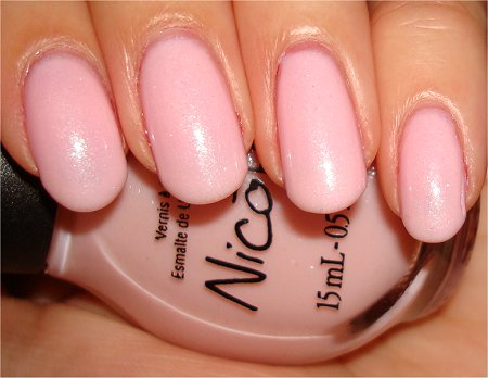 Flash Kardashian Kolors Nicole by OPI Kimpletely in Love Swatch & Review