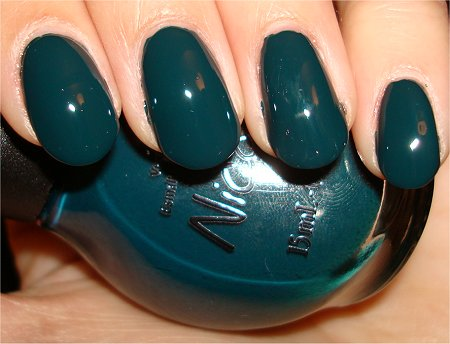 Flash Nicole by OPI Kardashian Kolors Collection Khloe Had a Little Lam-Lam Swatch & Review