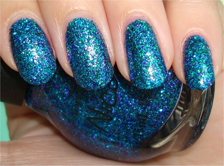 Flash Nicole by OPI Kendall Kardashian on the Katwalk Swatch & Review