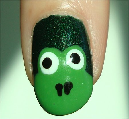 Frog Nail Art Tutorial &amp; Pictures China Glaze Glittering Garland Swatch
