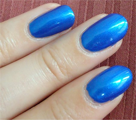 Natural Light China Glaze Frostbite Picture & Review