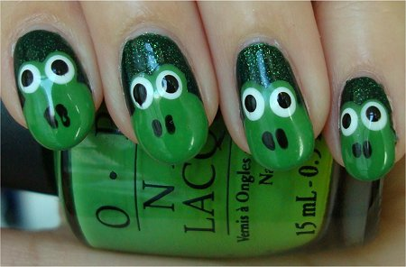 Natural Light Frog Face Nail Art Tutorial & Photos