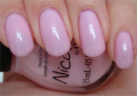 Natural Light Nicole by OPI Kardashian Colors Collection Kimpletely in Love Swatches & Review