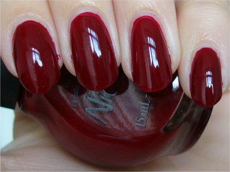 Natural Light Nicole by OPI Sealed with a Chris Swatch & Review Kardashian Kolors Collection 2011
