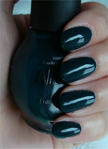 Nicole by OPI Khloe Had a Little Lam-Lam Swatches & Review