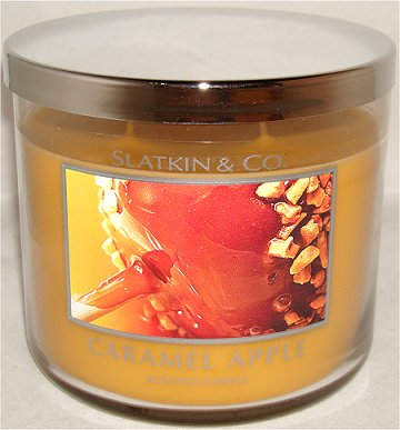 Slatkin & Co. Caramel Apple Candle Review & Pictures