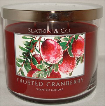 Slatkin & Co. Frosted Cranberry Candle Review & Pictures