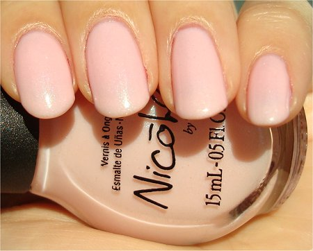 Sunlight Nicole by OPI Kardashian Kolors Kimpletely in Love Review & Swatch