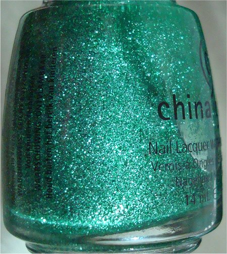 China Glaze Mistletoe Kisses Bottle Pictures & Review
